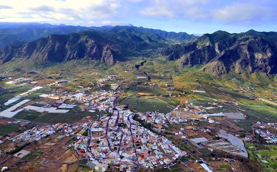 Vista aérea de Buenavista del Norte en Tenerife