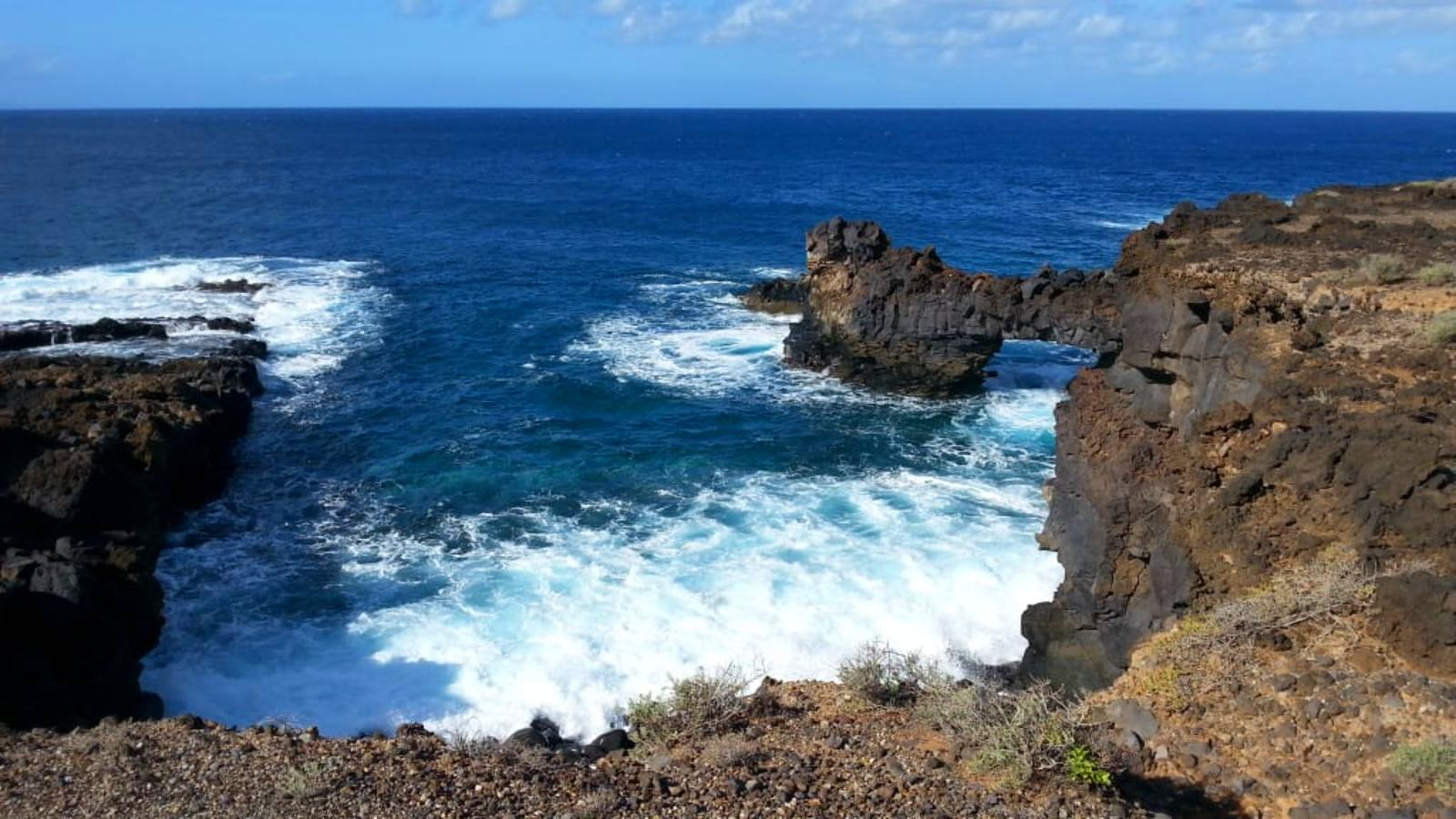 Litoral abrupto volcánico de Tenerife
