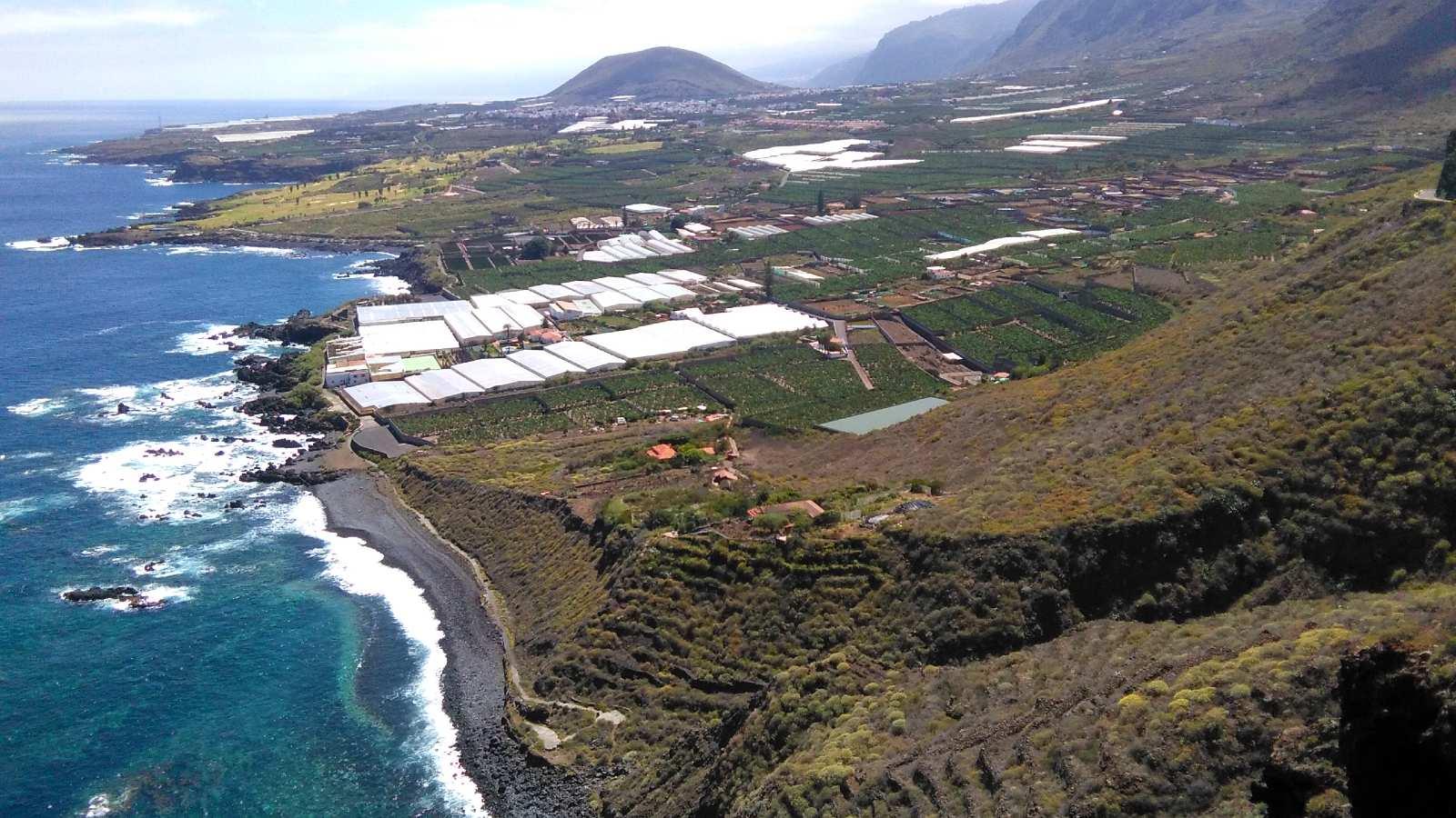 Vue panoramique sur Isla Baja depuis le point de vue d'El Fraile